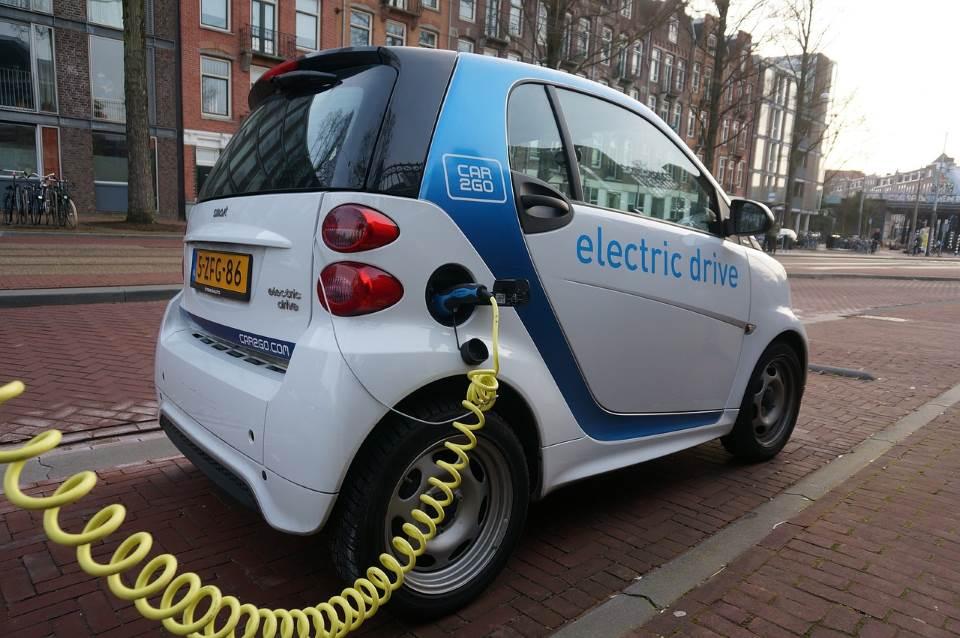 עד סוף 2017. רכב חשמלי|צילום: אתר pixabay.com