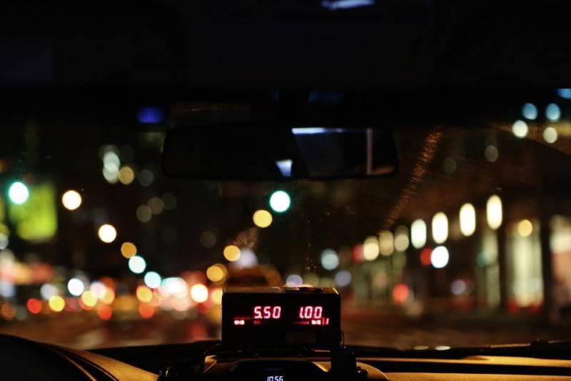 מפתחים תחרות. מונית|צילום: stocksnap.io